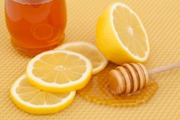 chữa hôi miệng bằng mật ong