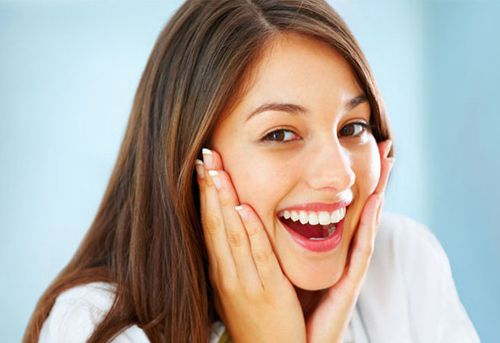 Cách làm trắng răng bằng thuốc muối