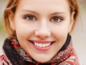 Lấy lại nụ cười đẹp nhờ công nghệ cấy ghép implant