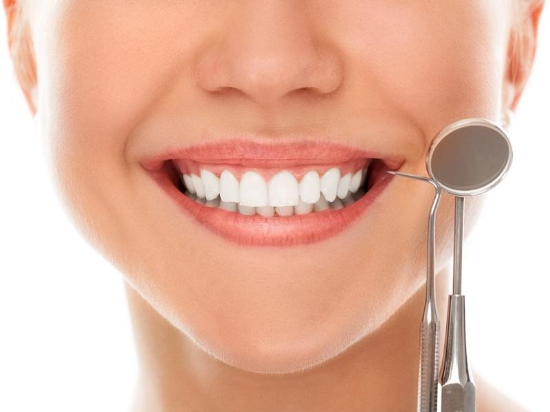 Khám phá 5 mẹo tẩy trắng răng hữu ích