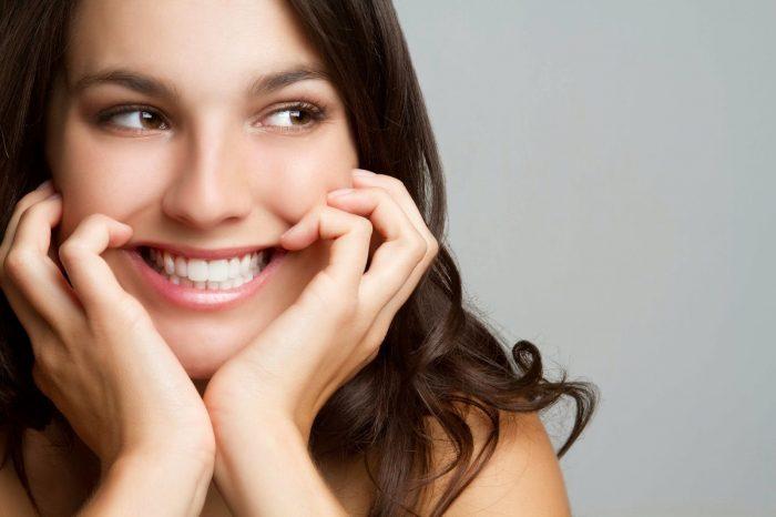 sâu răng khôn nên trám lại hay nhổ bỏ?