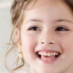 Những thói quen có thể làm hư răng miệng của trẻ em