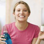 Có nên dùng nước súc miệng sau khi đánh răng không