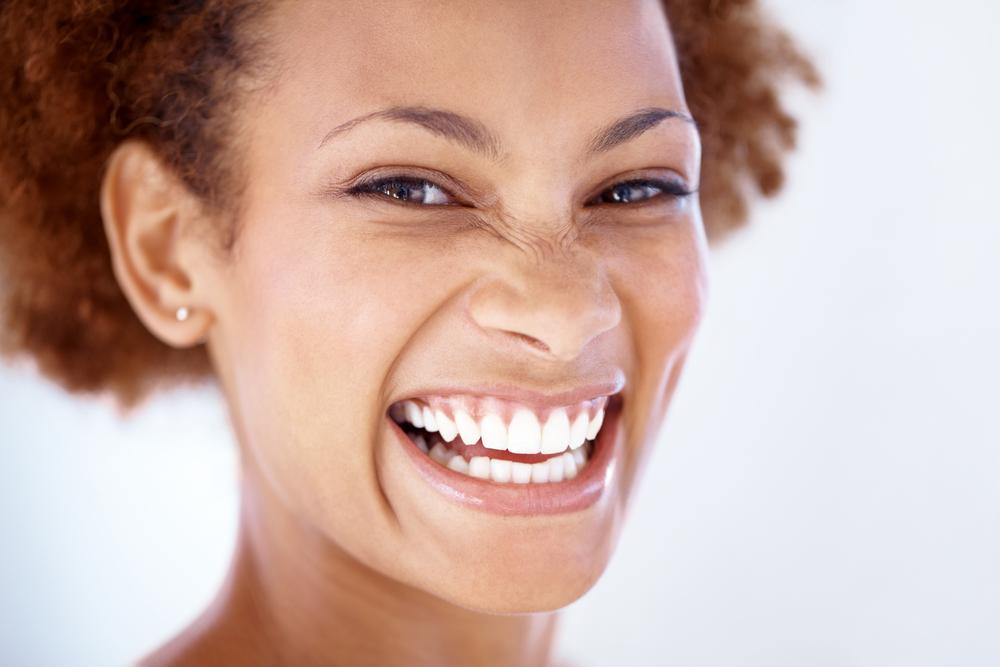 Tẩy trắng răng nhiều lần có nguy hiểm không