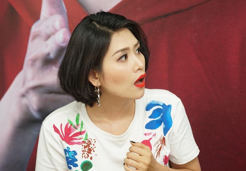 Diễn viên Hà Hương bất ngờ khi chứng kiến sự thay đổi của Khánh Du sau khi phẫu thuật hàm móm
