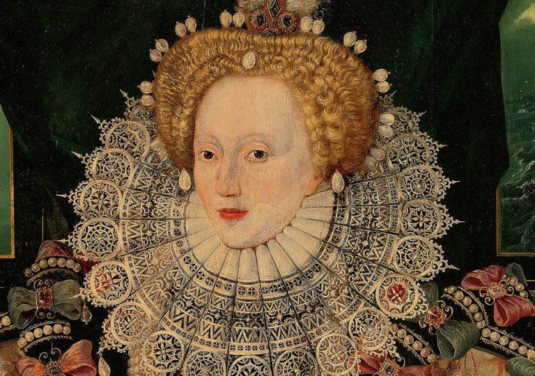 Nữ hoàng Elizabeth I, người có hàm răng sâu được ghi nhận trong lịch sử