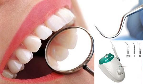 Lấy cao răng là kỹ thuật hiện đại giúp loại bỏ hoàn toàn những mảng bám, cao răng khiến răng có thể gặp nguy hiểm