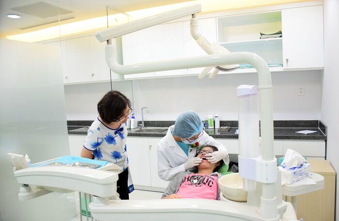Hãy đến ngay phòng khám nha khoa để bác sĩ kiểm tra và điều chỉnh nếu gặp phải trường hợp lỏng lẻo khí cụ