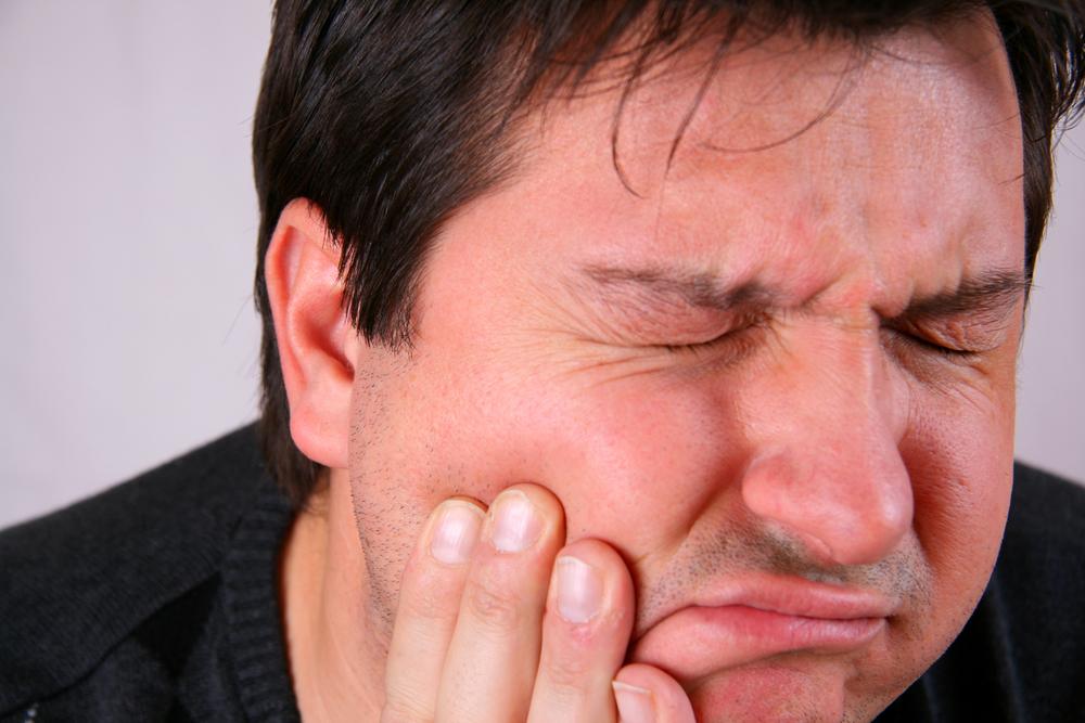 Khó khăn trong việc cử động hàm
