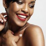 Mài răng cửa có hại không? Phương pháp làm răng sứ cho răng cửa không cần mài