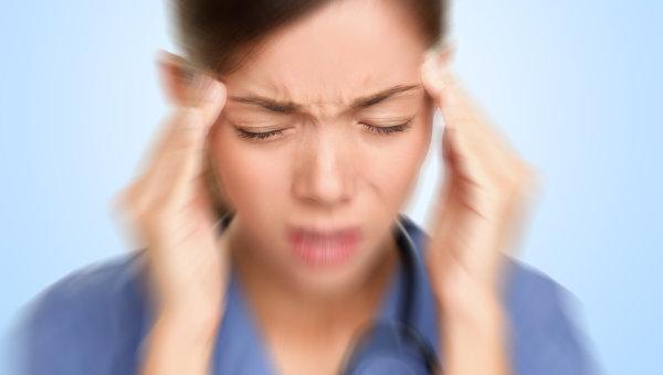 Căng thẳng, áp lực công việc và cuộc sống là một trong nguyên nhân hình thành tật nghiến răng